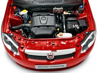 обои Fiat Strada Trekking CD 2012 мотор фото