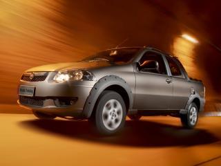 обои Fiat Strada Trekking CD 2012 ночь фото