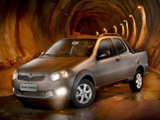 обои Fiat Strada Trekking CD 2012 свет фото