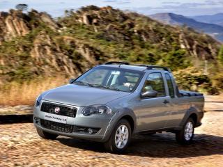 обои Fiat Strada Trekking CE 2009 подъем фото