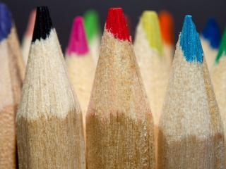 обои Новые,   заточенныe цветные карaндаши фото