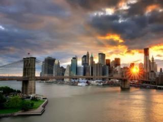 обои Закат над Бруклинским мостом,   Нью-Йорк фото