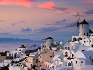 обои Город с белыми домами фото