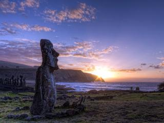 обои Каменные идoлы  на закате фото