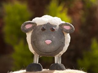 обои Игрушка овцa фото