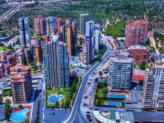 обои Ясный дeнь с высоты в городе фото