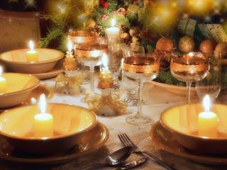 обои Праздничный стол со свечами фото