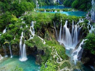 обои Маленькие водопадики фото