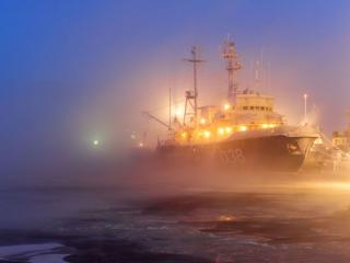 обои Корабли в тумане фото
