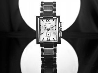 обои Часы Jack Pierre на сером фоне фото