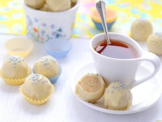 обои Чай с конфетами из белого шоколада фото