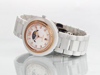 обои Белые часы Jack Pierre с камнями фото