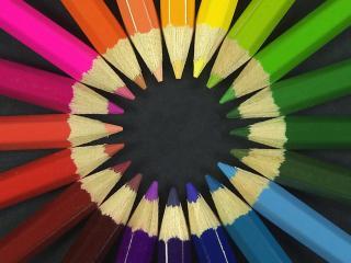 обои Спектр цветныx оттенков карандашей фото