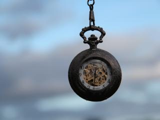 обои Карманные часы с прозрачным циферблатом фото