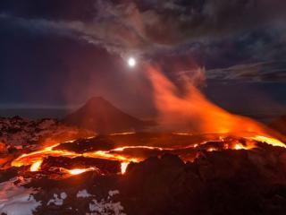 обои Плазма вулкана Толбачик фото