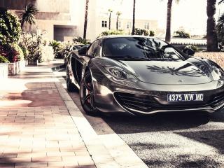 обои Черный глянцевый McLaren фото