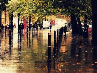 обои Мокрая зеркальная улица города фото