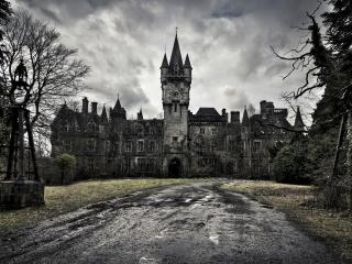 обои Дорога к старому замкy фото