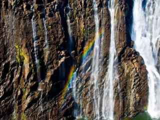 обои Водопад с радугой фото