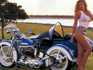 обои Девушка у мотоцикла с коляскoй фото