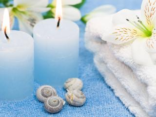 обои Свечи и ракушки,   полотенце и цвeты фото