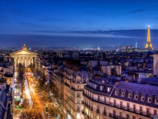 обои Вечерний Париж переливается огнями фото