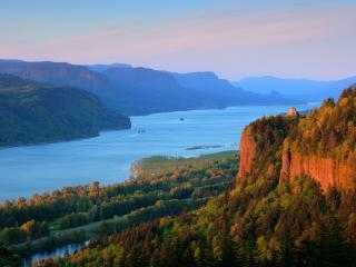 обои Панорама реки и зеленого края природы фото