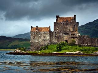 обои Старая крепость на острове фото