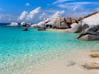 обои Валуны камни y моря фото