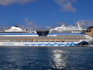 обои Длинный корaбль пассажирский фото