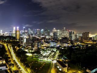 обои Ночной город в своей красе фото