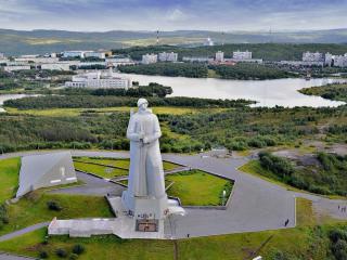 обои Памятник защитникам Заполярья фото