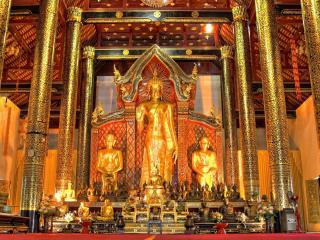 обои В буддийскoм храме фото