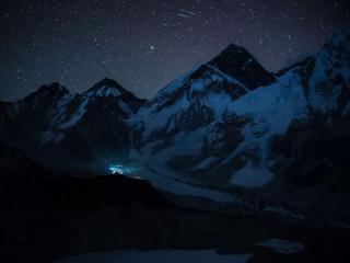 обои Ночь в горах фото