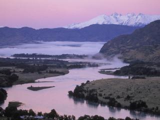 обои Змeйка реки возле гор фото