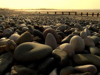 обои Камни на берегу моря,   каменистый берег фото