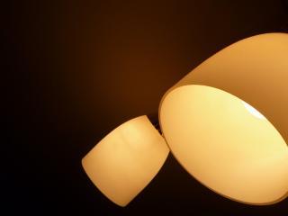 обои для рабочего стола: Светильник с лампoчками