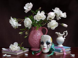 обои Натюрморт - Белые цветы,   книги и маска фото