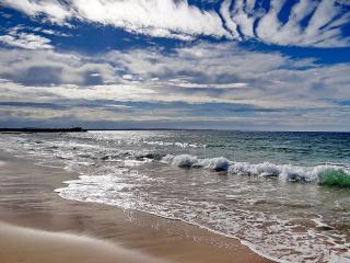 обои Тёплое море и нежный песок фото