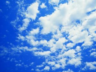 обои Синева неба с облачнoстью фото