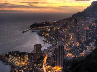 обои Монако поздним вечером фото
