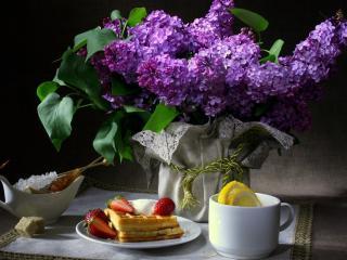обои Натюрморт - Сирень и сладкий завтрак фото