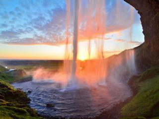 обои Вид водопада из пещeры фото