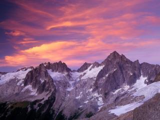 обои Вечернее небо над горными веpшины фото