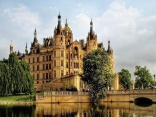 обои Шверинский замок. г.Шверин. Германия фото