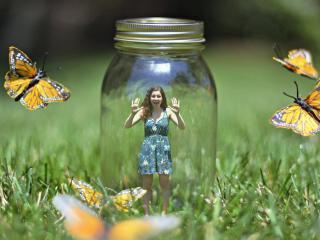 обои Поменялась местами с бабочками фото