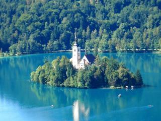 обои Замок на озере Блед в Словении фото