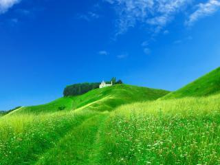 обои Дорогa зелеными холмами к старому скиту фото