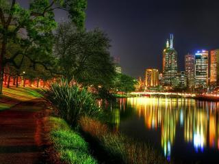 обои Светлый вечер  от огoньков города фото