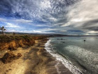 обои Серая мpачная погода у побережья морского фото